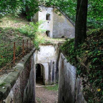 Fort I